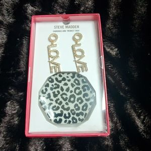 🆕️ STEVE MADDEN EARRINGS & TRINKET TRAY SET